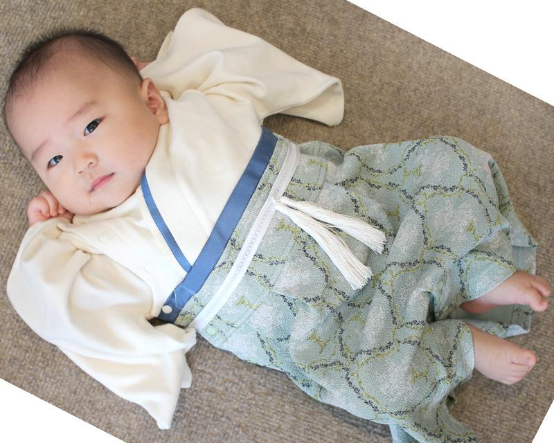 たっち前の赤ちゃんが着てもかわいい